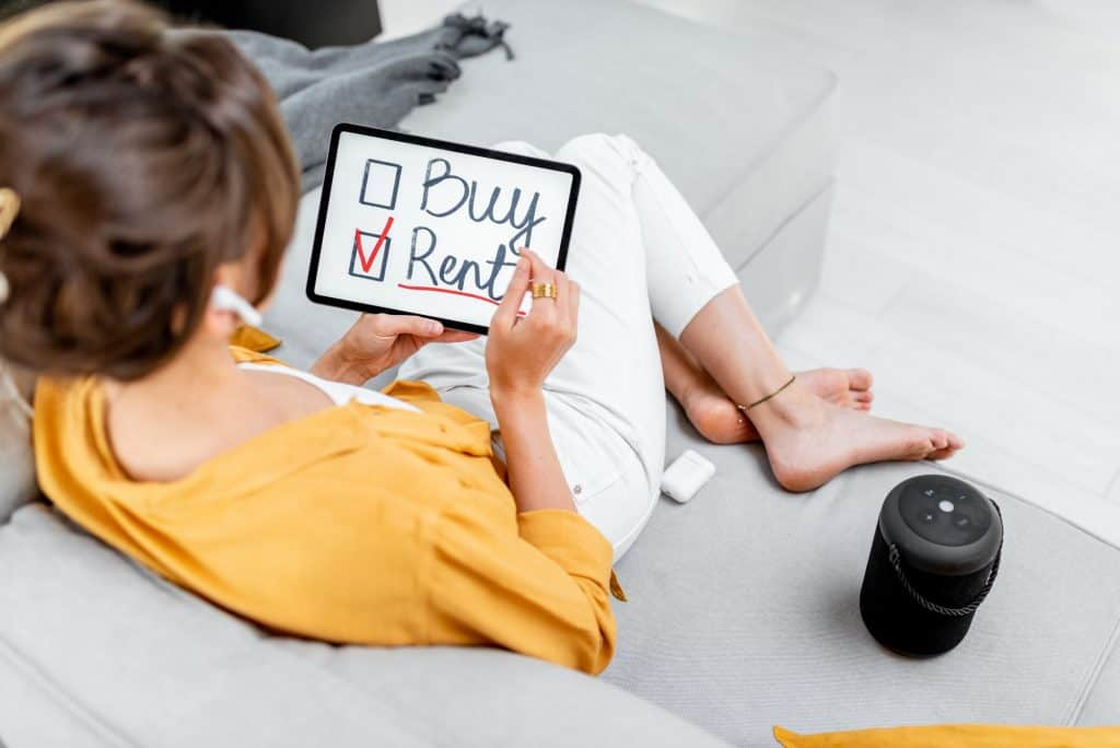 invest, Woman decides between buying or renting house